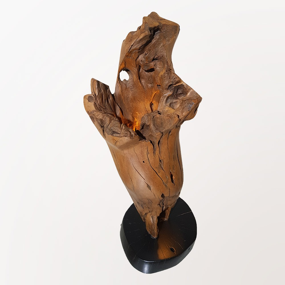 Escultura Tocha - Iluminada